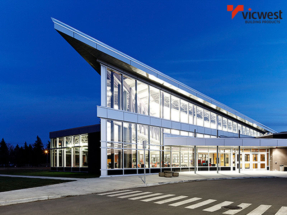 Vicwest Steel Siding at Turkstra Lumber-Designer Showcase (Windows, doors, trim, hardware, columns, decks). Visit one of 11 convenient locations across Southwestern Ontario.